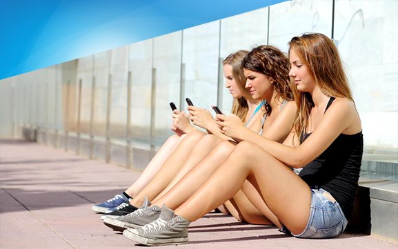 Girls more into in-app chitchat?